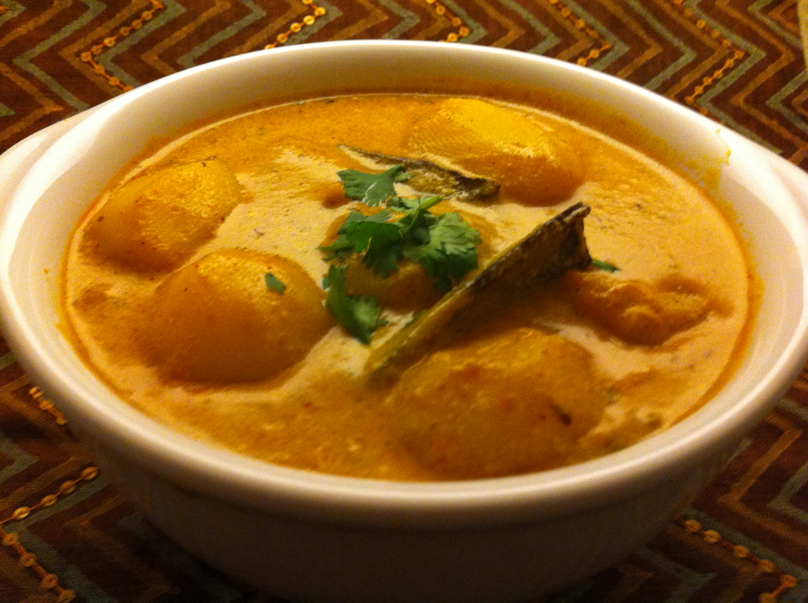 Kashmiri Dum Aloo (Baby Potatoes in a Rich Yogurt Gravy)